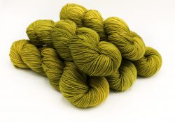 baah yarn gaga for green